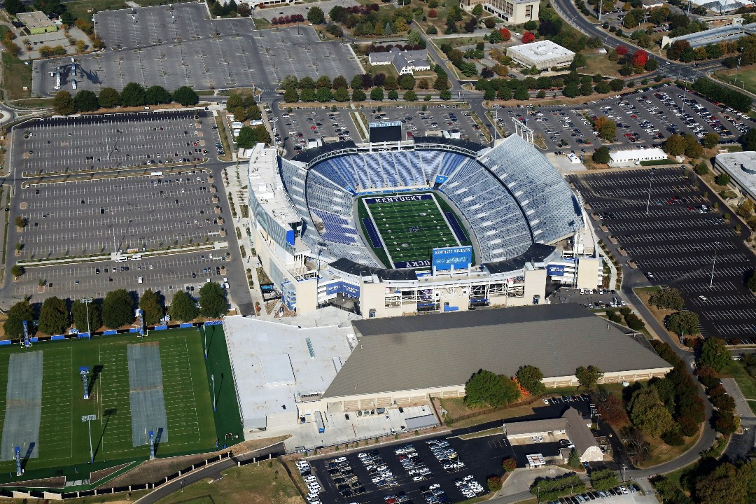 University Of Kentucky Commonwealth Stadium Kalkreuth